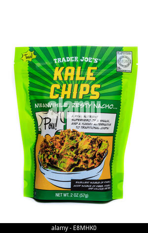 A bag of Trader Joe's Kale Chips in Zesty Nacho flavor - Stock Image