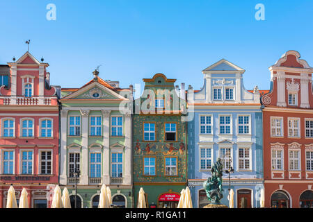 Wielkopolska Poland color, view of colorful baroque gabled buildings in the Market Square in Poznan Old Town, Poland. - Stock Image