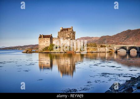 Early morning at Eilean Donan Castle, Highland, Scotland, UK - Stock Image