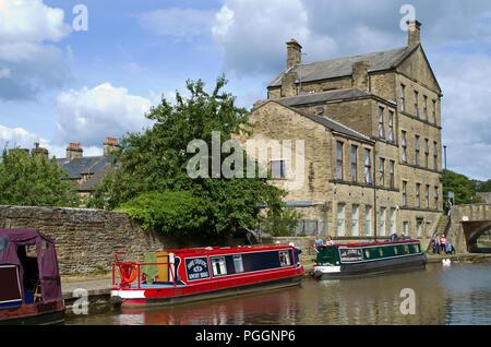 Leeds Liverpool Canal Skipton North Yorkshire UK - Stock Image