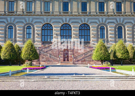 16 September 2018: Stockholm, Sweden - Detail of the Royal Palace and garden. - Stock Image