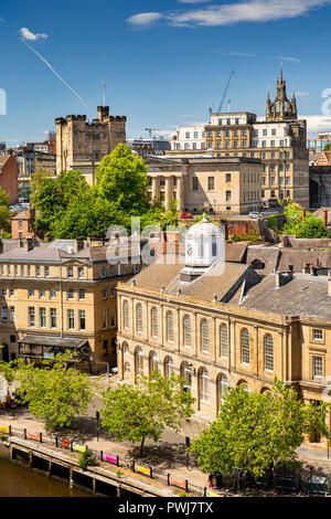 UK, England, Tyneside, Newcastle upon Tyne, Guildhall and quayside buildings, elevated view from Tyne Bridge - Stock Image