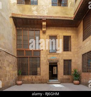 Facade of ottoman era historic house of Moustafa Gaafar Al Seleehdar, located at Al Darb Al Asfar District, Cairo, Egypt - Stock Image