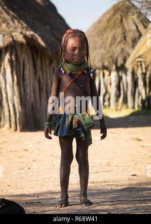 Mwila tribe girl, Huila Province, Chibia, Angola - Stock Image