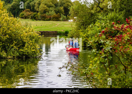 Canoeists on the River Thames near Lechlade-on-Thames, Gloucestershire, UK. - Stock Image