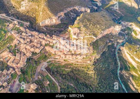 Aerial view of Alquezar village at sunset. Alquezar, Huesca, Aragon, Spain, Europe - Stock Image