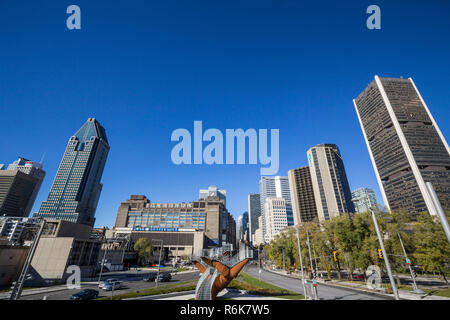 MONTREAl, CANADA - NOVEMBER 4, 2018: Montreal skyline, with the iconic business skyscrapers of the CBD  taken from the Place Bonaventure Square Montre - Stock Image