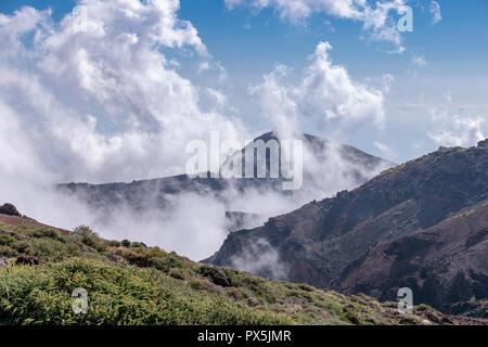 View above the clouds at Roque de Los Muchachos, La Palma Island, Canaries, Spain - Stock Image