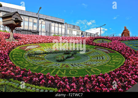 Edinburgh's Princes Street garden, time telling, Floral Clock celebrating 10 years as a UNESCO City of Literature. - Stock Image