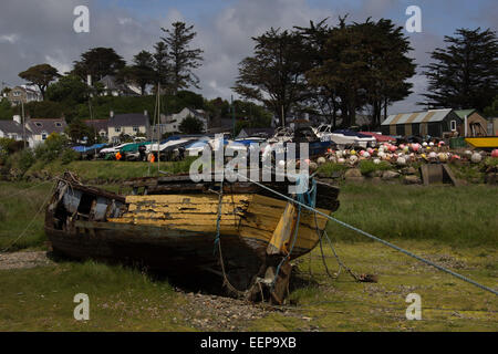 Abersoch Boat Wreck, Abersoch, Boat Yard, Wales - Stock Image