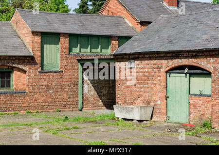 Deserted stable block in the grounds of Delapre Abbey, Northampton, UK - Stock Image