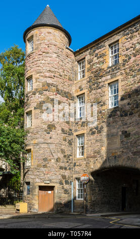 Smollett's Lodging, an 18th Century tenement building, from St John's Street, 182 Canongate, Edinburgh, Scotland, UK - Stock Image