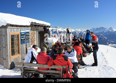 Restaurant alpine hut 'Schofstoll' (sheep shelter), Rittner Horn / Corno del Renon, Dolomite Alps - Stock Image