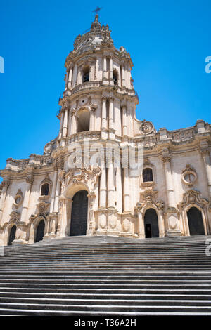 Front elevation and steps of Baroque style Cathedral of San Giorgio in Modica Alta ancient city, South East Sicily - Stock Image