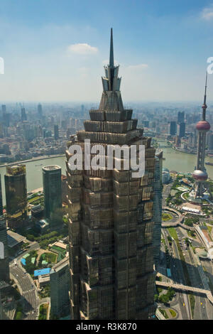 Pudong skyline dominated by Jinmao Building, Shanghai, China - Stock Image