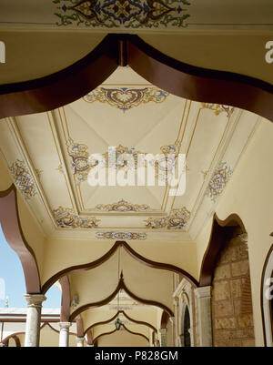 Turkey. Minor Asia. Bursa. Green Mosque (Yesil  Camii) or Mosque of Mehmed I. Its construction was ordered by Sultan Mehmed I Celebi. It was built between 1419-1421 by architect Haci Ivaz Pasha. View of portico, detail of the ceiling. Ottoman era. Bursa style. - Stock Image