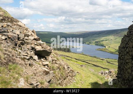 View towards Woodhead Reservoir from Crowden Quarry, Derbyshire, England, UK - Stock Image