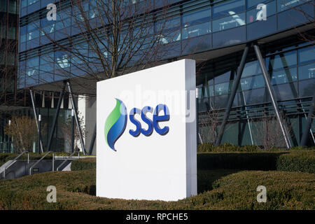 Outside the offices of SSE at 1 Forbury Place, Reading, Berkshire. - Stock Image