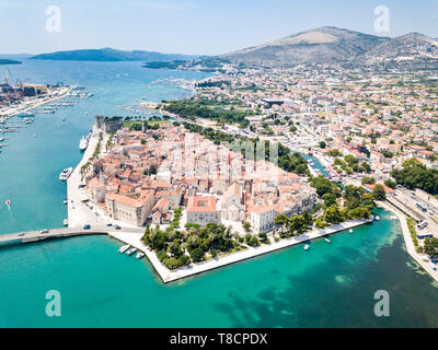 Aerial view of touristic old Trogir, historic town on a small island and harbour on the Adriatic coast in Split-Dalmatia County, Croatia. Ciovski most - Stock Image