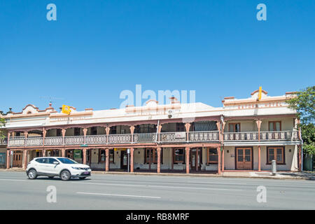 Eatons Hotel on Bridge Street Muswellbrook NSW Australia. - Stock Image