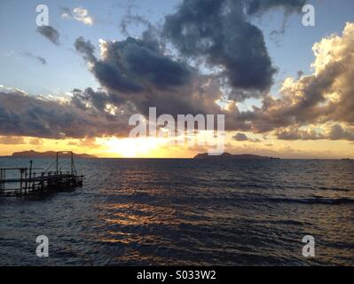 Sunset sea with islands view - Stock Image