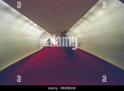 walkway from concourse to plane gate, TWA terminal, JFK airport, New York, USA - Stock Image