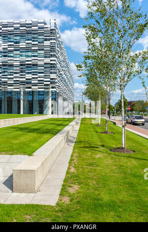 Manchester Metropolitan University, Brooks Academic building, Birley Campus, Manchester, England, UK. Sheppard Robinson 2014. - Stock Image