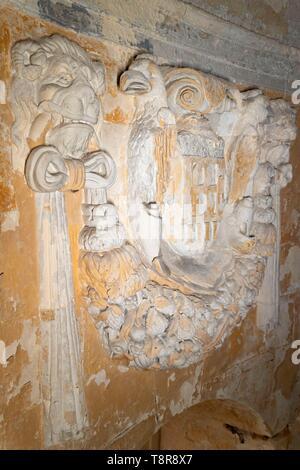 France, Gironde, Verdon sur Mer, rocky plateau of Cordouan, lighthouse of Cordouan, listed as Monument Historique, the Royal Chapel or Chapel Notre Dame de Cordouan - Stock Image