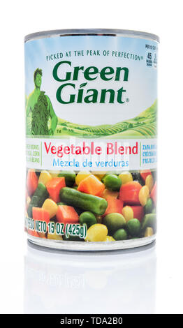 Winneconne, WI - 11 May 2019 : A can of Green Giant vegetable blend on an isolated background - Stock Image