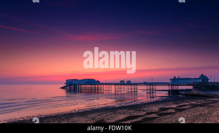 Cromer pier, sunrise - Stock Image