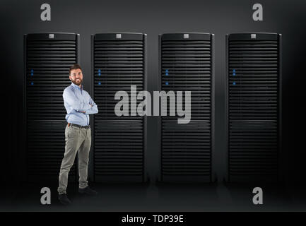 System engineer to support a database server - Stock Image