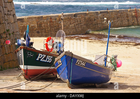 "PZ 155 ""Sarah Jane"" and PZ 564 'Tamara' shellfish boats at Sennen Cove, Cornwall - Stock Image"