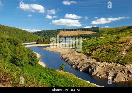 Pen-y-Garreg Reservoir Elan Valley Ryhayader Powys Wales UK - Stock Image