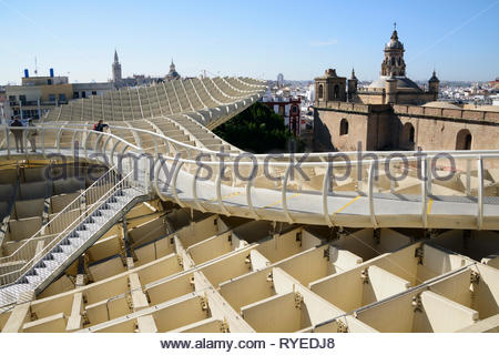 View from the top of the Metropol Parasol looking over the city of Seville - Stock Image