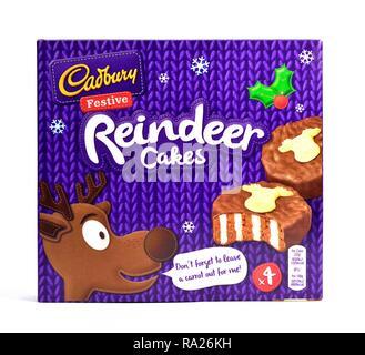 Cadbury festive reindeer cakes retail box - Stock Image