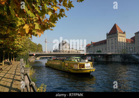 tour boat on  river Spree, Bode Museum, museum island, Berlin Mitte - Stock Image