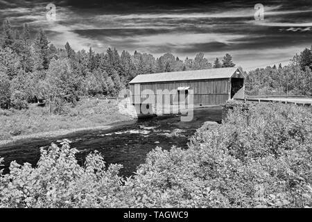 McCann or Didgeguash River #4 covered bridge (1938) St. Martins, New Brunswick, Canada - Stock Image