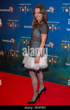 London, United Kingdom. 16 January 2019. Kimberleigh Gelber arrives for the red carpet premiere of Cirque Du Soleil's 'Totem' held at The Royal Albert Hall. Credit: Peter Manning/Alamy Live News - Stock Image
