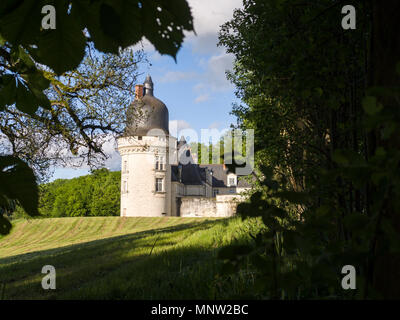 Exterior Tower detail of Chateau du Gue-Pean: This well kept Chateau in the Loire region of France is surrounded by a thriving horse farm. - Stock Image