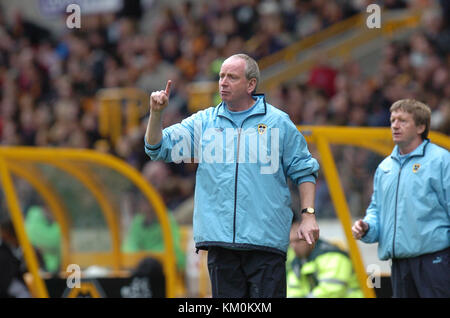Football manager Lenny Lawrence Wolverhampton Wanderers v Cardiff City 25 September 2004 - Stock Image