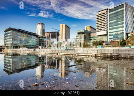 2 November 2018: Manchester, UK - Litter in the Manchester Ship Canal at Media City UK, on an otherwise beautiful autumn day. - Stock Image