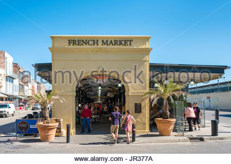 United States, Louisiana, New Orleans, French Quarter. French Market shops and farmer's market. - Stock Image