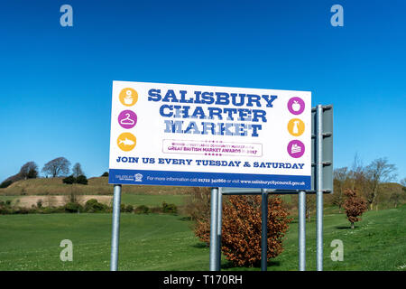 Advertising sign for Salisbury charter market - Stock Image