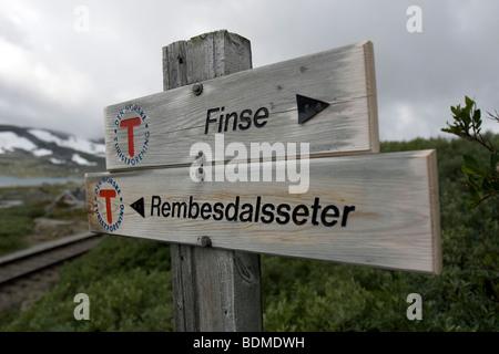 Signpost, sign, marker, finse, rembesdalsseter - Stock Image
