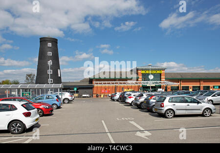 Morrisons Store, Goole, incorporating old windmill, East Yorkshire, England UK - Stock Image