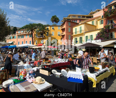 Villefranche sur Mer, antiques market, tourists, locals - Stock Image