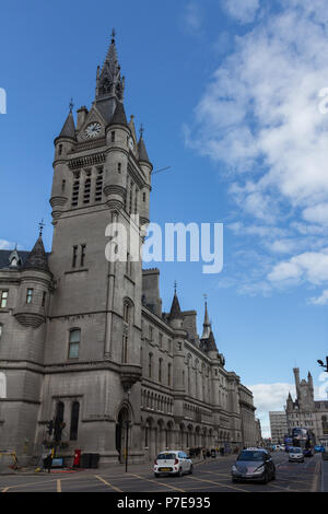 Aberdeen Town House, Union Street, Aberdeen, Scotland, UK. Built between 1868-74 and designed by the architects Peddie and Kinnear. - Stock Image