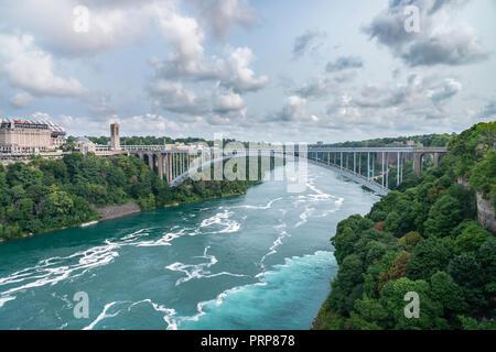 Rainbow International Bridge, Niagara Falls - Stock Image