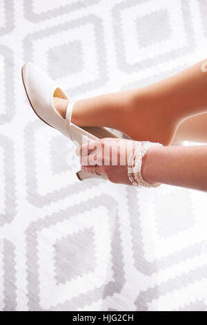 Wedding dress,wedding,bride,woman,wedding day white,white,pumps,hand,Life,preparation,especially,yes,marriage,marriage - Stock Image