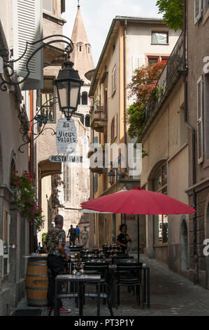 Street scene in the Old Town of Sion, Valais / Wallis, Switzerland - Stock Image